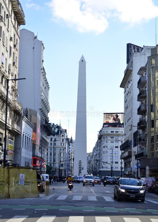 Obelisken i i stadens centrum Buenos Aires, Argentina arkivbilder