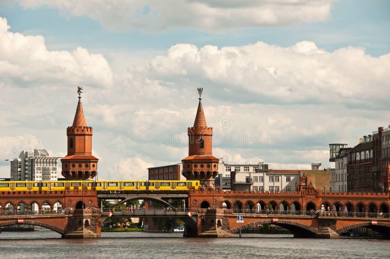 oberbaum моста berlin стоковое изображение