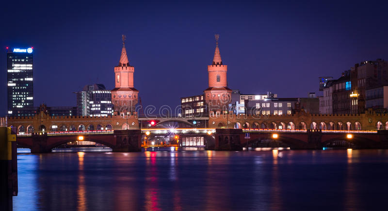 Oberbaum Bridge at the night 2 royalty free stock photos