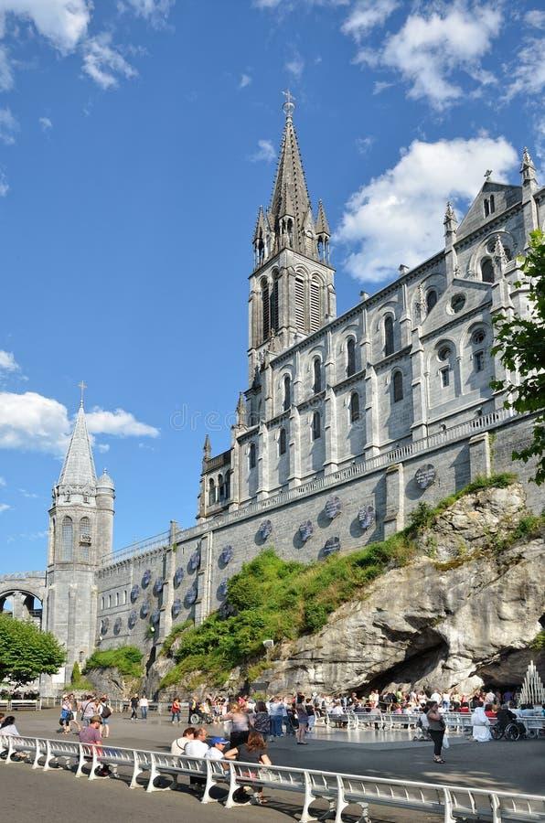 Obere Kirche in Lourdes stockfoto