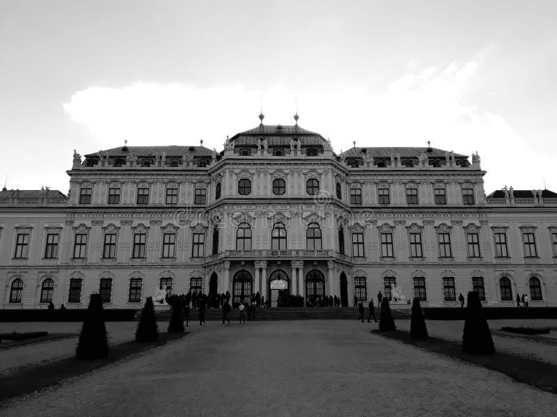 Oberer Belvedere-Palast in Wien stockfotos
