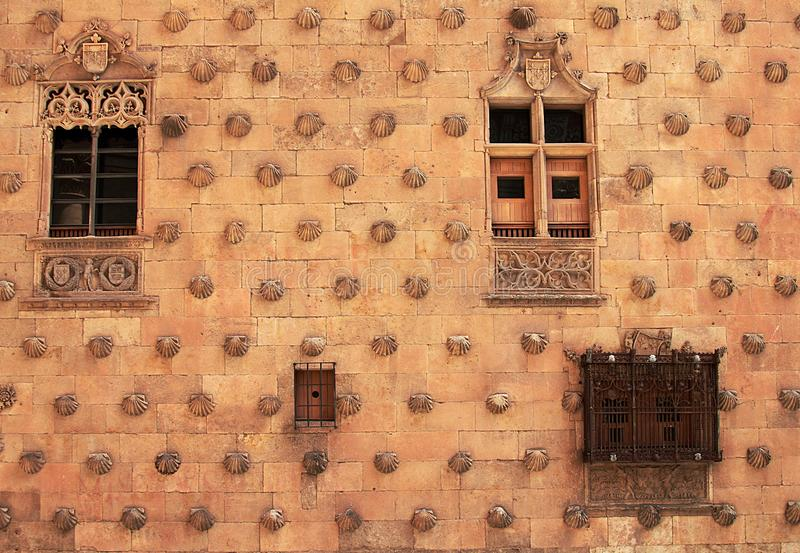 Oberteilhaus Casa de Las Conchas in Salamanca lizenzfreie stockbilder