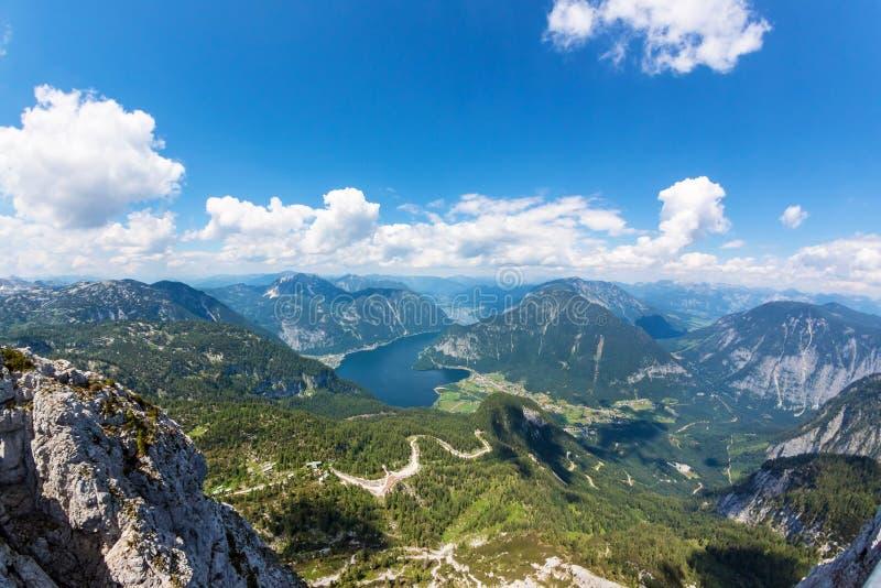 Obertraun, lago Hallstatt - vista de Dachstein imagens de stock royalty free