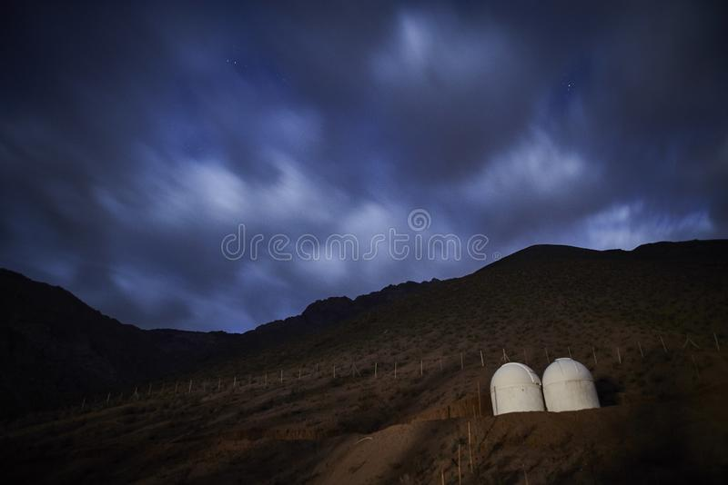 Obervatório astronômico no vale de Elqui imagens de stock