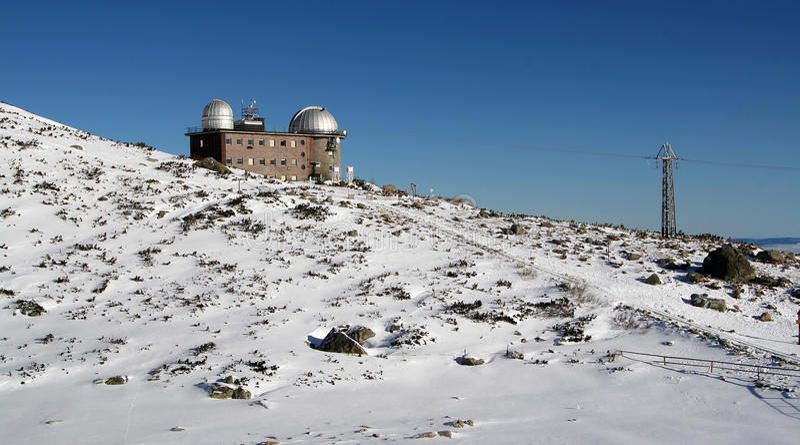 Obervatório em Tatras elevado - inverno fotos de stock