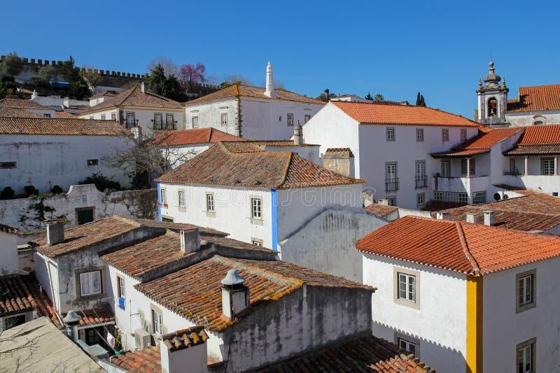 Obidos- mycket populär turist- destination i Portugal arkivbild