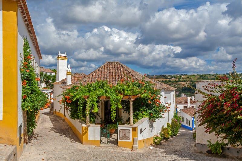 Obidos, Portugal Le sao Thiago de maison font la maison d'hôtes de manoir de Castelo image stock