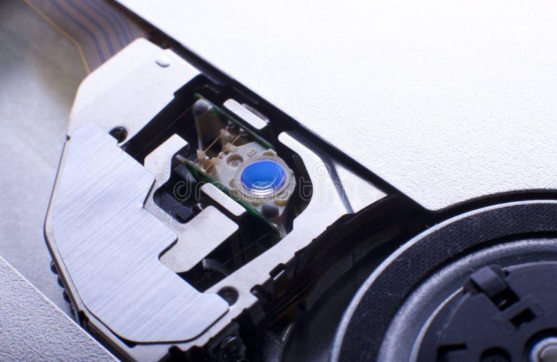 Obiettivo blu nell'azionamento del dvd fotografie stock