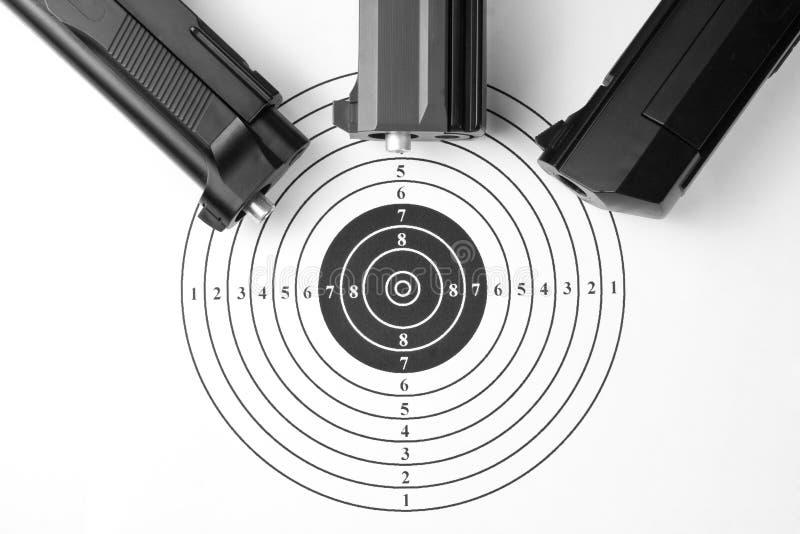 Obiettivo e fucili ad aria compressa fotografia stock
