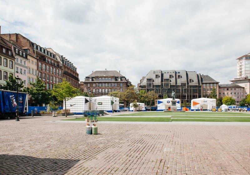 Objeżdża dla nadchodzącego piłki nożnej mistrzostwa w Strasburskim Francja zdjęcie royalty free