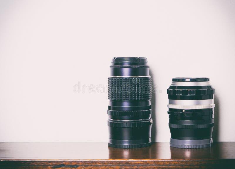 Objectif de caméra de vintage sur le fond blanc photographie stock libre de droits