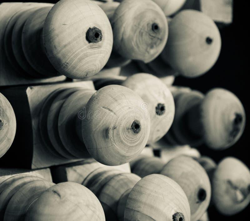 Objekt för rund form för grå färger trä royaltyfria foton