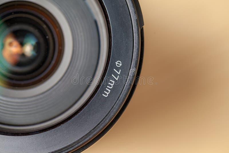Objetivo da câmera de reflexo da única lente de Digitas foto de stock