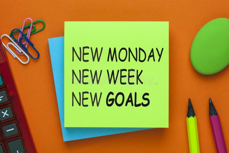 Objetivos novos da semana nova nova de segunda-feira fotografia de stock