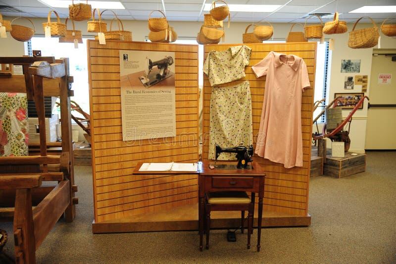 Objeto expuesto de costura en Tennessee Delta Heritage Center del oeste imagen de archivo libre de regalías