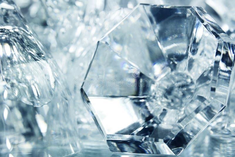 Objetos de cristal abstracto con reflexión foto de archivo libre de regalías