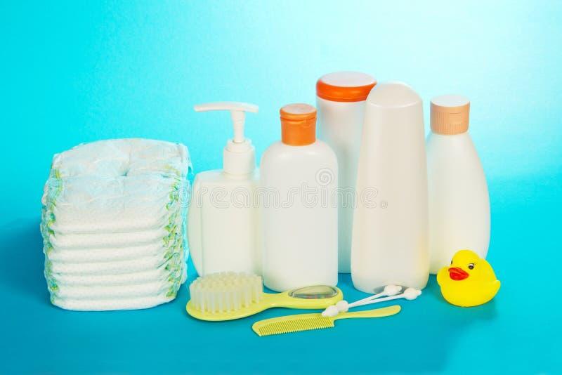 Objetos do cuidado do bebê fotografia de stock