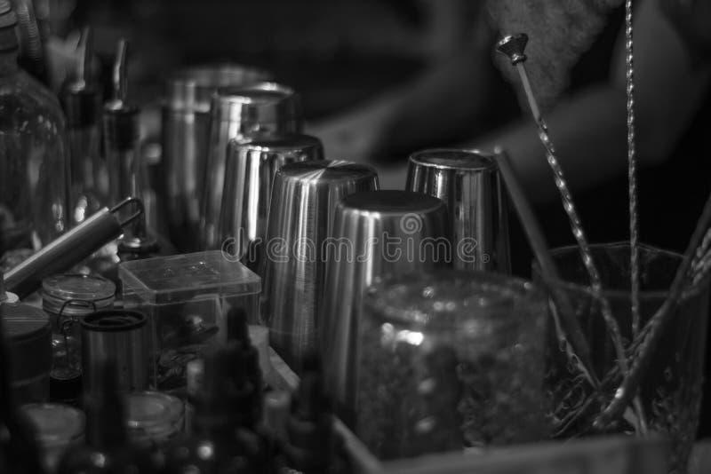 Objetos do empregado de bar imagens de stock