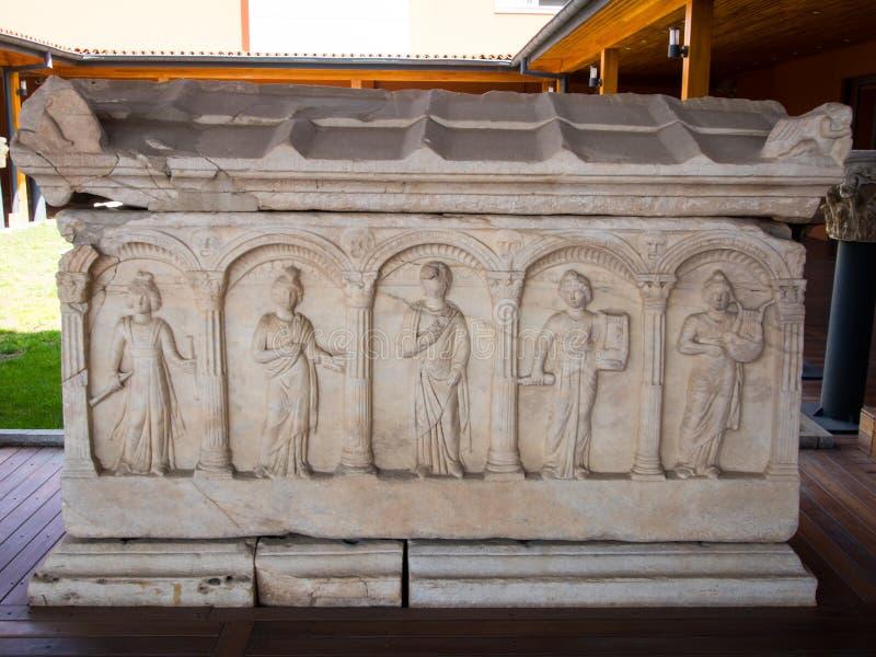 Objetos expuestos del museo de Ephesus imagenes de archivo