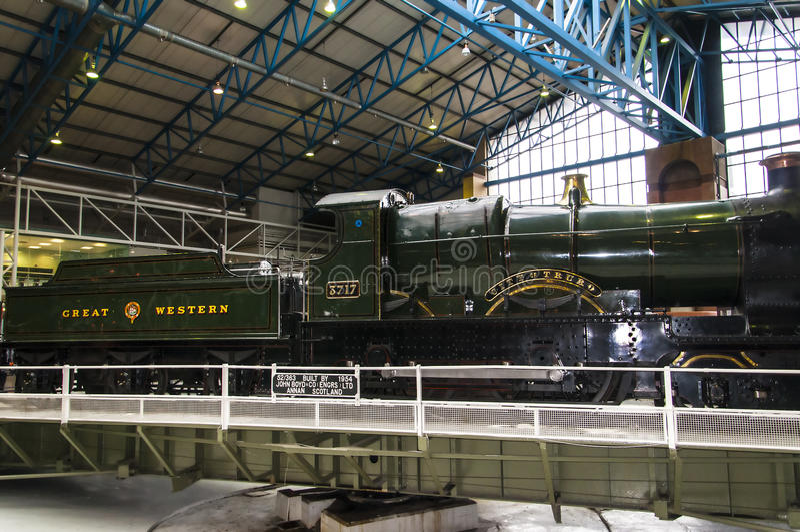 Objetos expuestos en el museo ferroviario nacional en York, Yorkshire Inglaterra fotografía de archivo libre de regalías