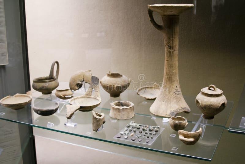 Objets archéologiques de musée image stock