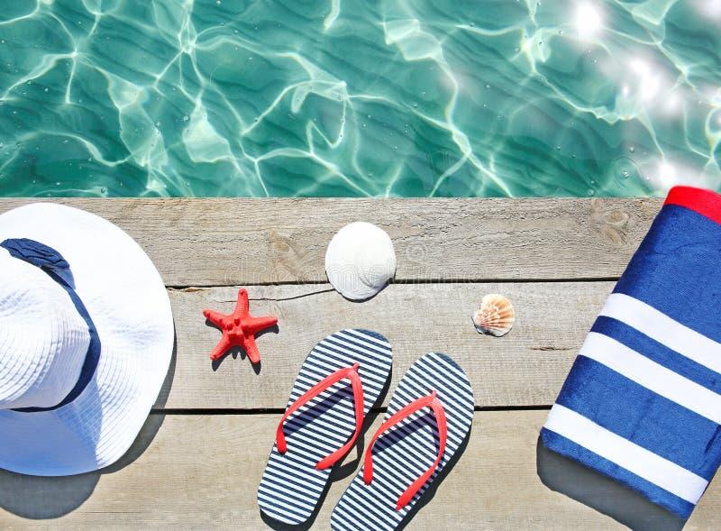Objets de Suumer, vocation Plate-forme de piscine, articles de station de vacances image libre de droits