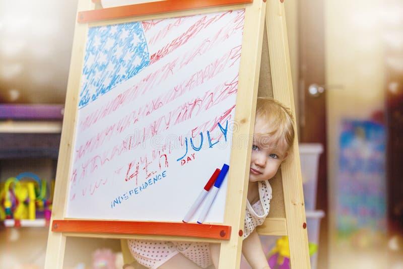 Oblicza dziecko symbol dzień niepodległości Ameryka na dr obrazy stock