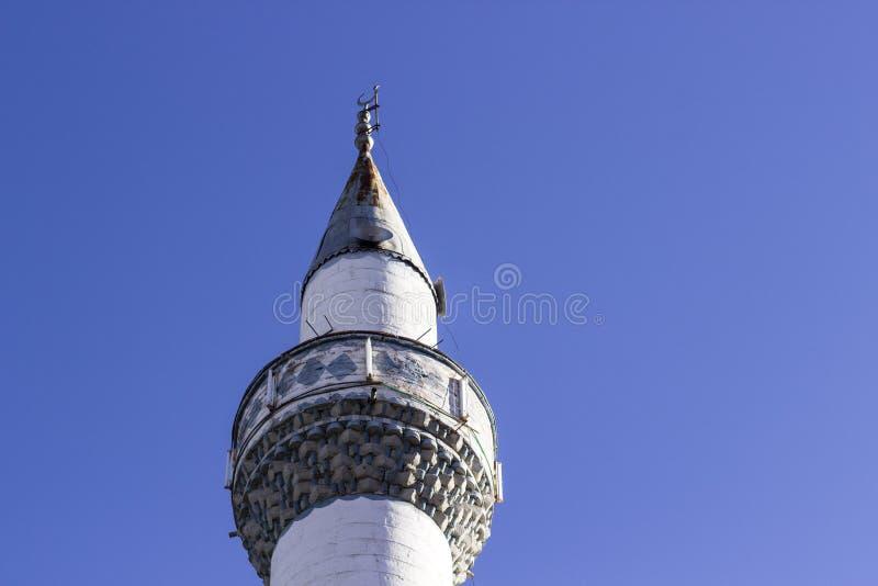 Obniża strzał minaretowy budynek od Turcja zdjęcie stock