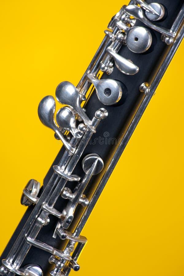 oboe proche vers le haut de jaune photographie stock