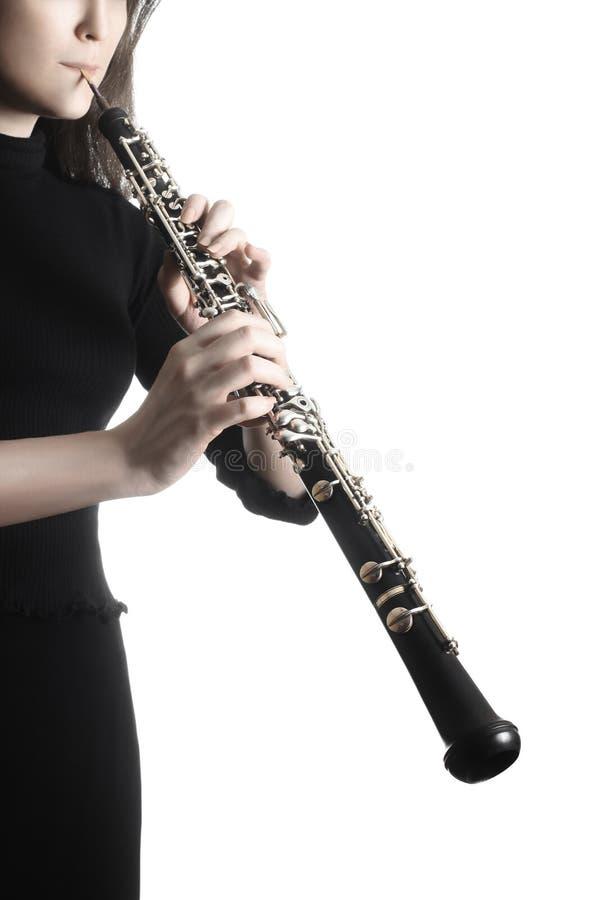 Oboespielerhände, die Musikinstrument spielen lizenzfreies stockbild
