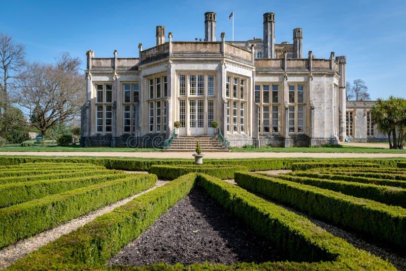 Obra-prima romântica do castelo de Highcliffe foto de stock