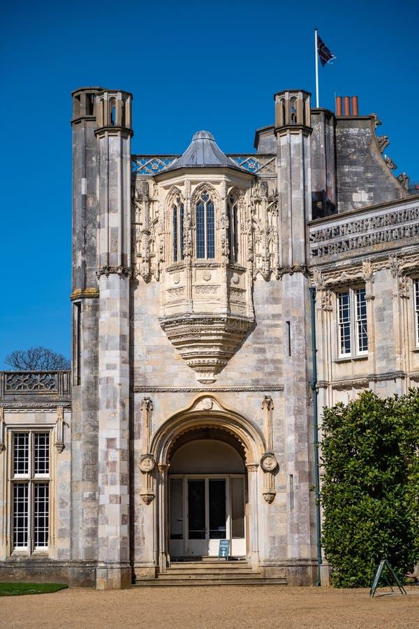 Obra-prima romântica do castelo de Highcliffe imagem de stock