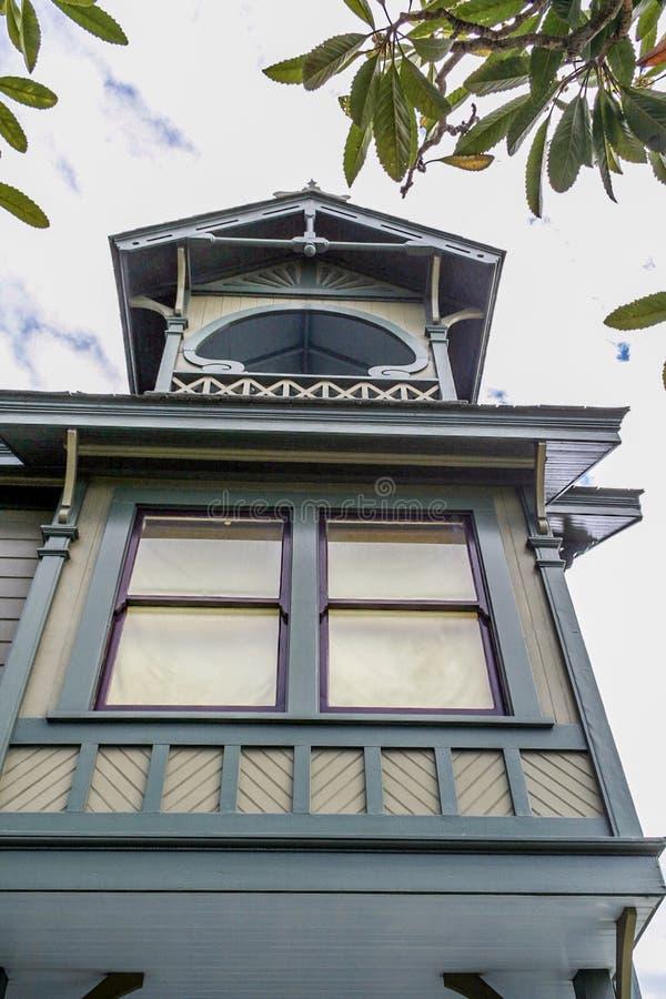 Obramiający Wiktoriański okno obrazy stock