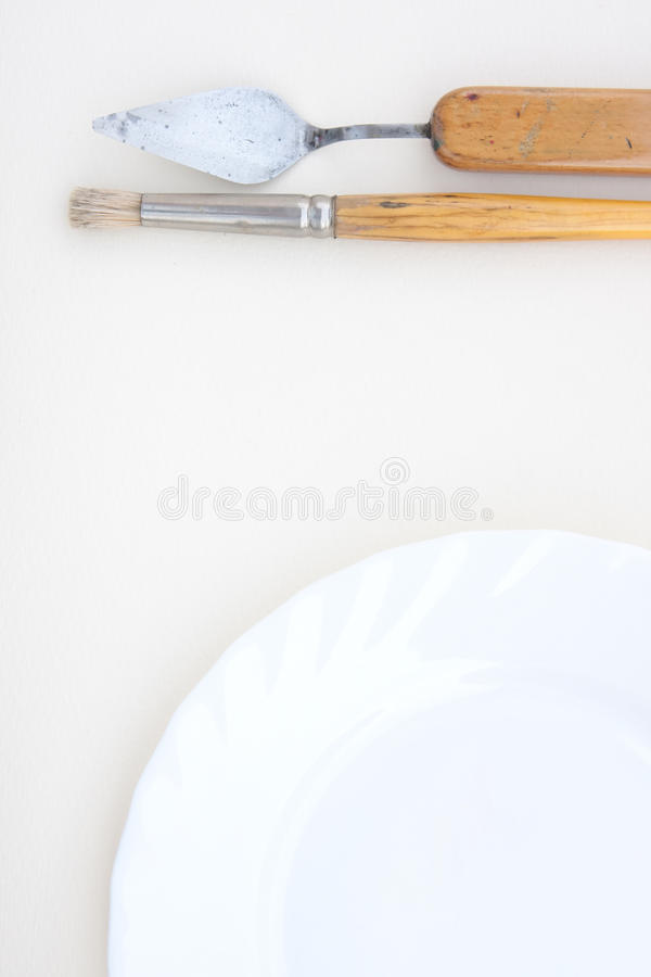 Obrazów instrumenty i talerz zdjęcie stock