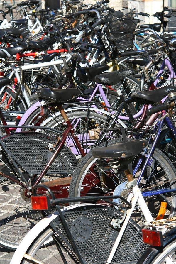 Obrazek bicyklu parking zdjęcia royalty free