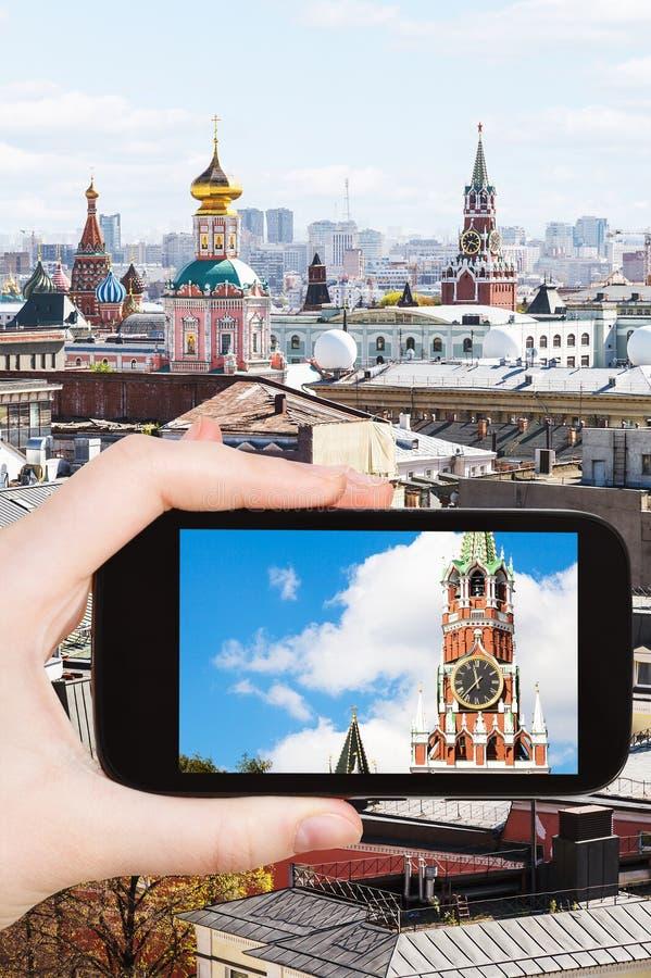 Obrazek wierza w Moskwa na smartphone zdjęcia royalty free