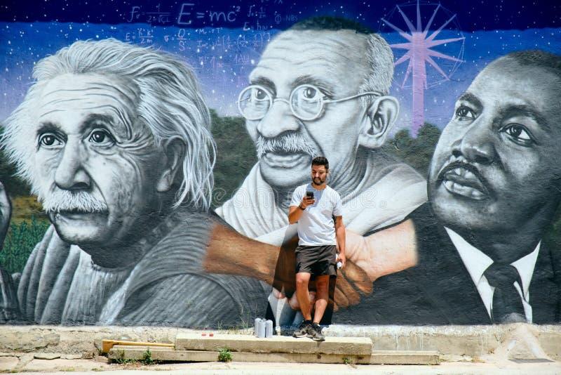 Obsługuje obrazów graffiti Wzdłuż Camino de Santiago obrazy royalty free