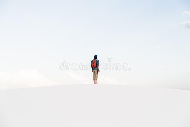 Obsługuje odprowadzenie przy Białych piasków Krajowym zabytkiem w Alamogordo, Nowym - Mexico fotografia royalty free
