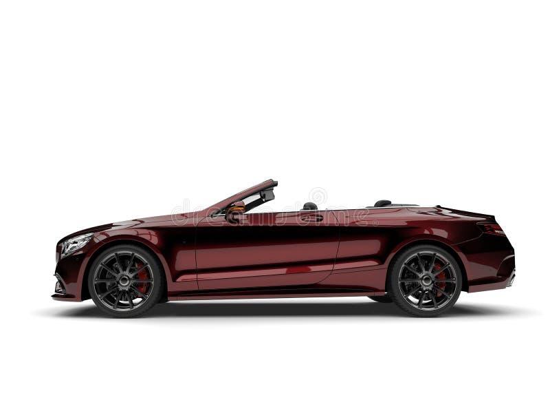 Obscuridade metálica - vista lateral automobilístico convertível luxuosa moderna vermelha fotografia de stock
