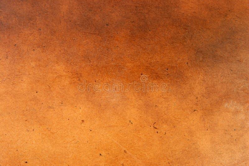 Obscurité en bois de finition en cuir images stock