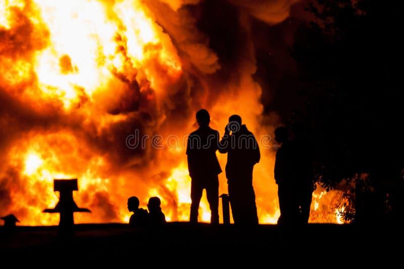 Observation du feu photos libres de droits