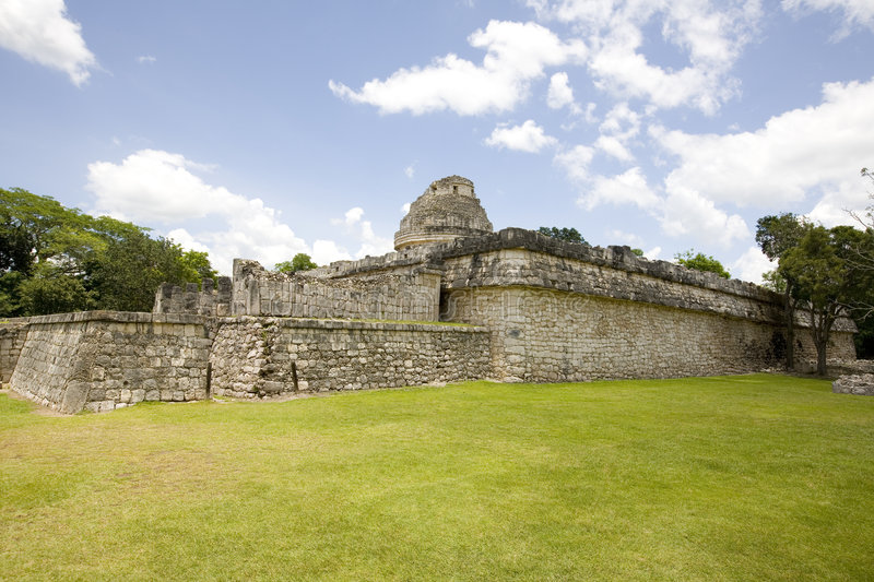 Download The Observatory At Chichen Itza Stock Image - Image of maya, holiday: 6006655