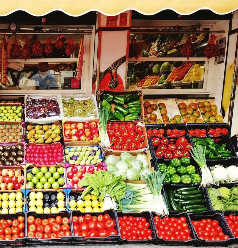 Obst- und Gem?se Markt lizenzfreie stockbilder