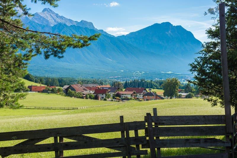 Download Obsteig In Sonnenplateau, Austria Fotografia Stock - Immagine di plateau, famoso: 55354806