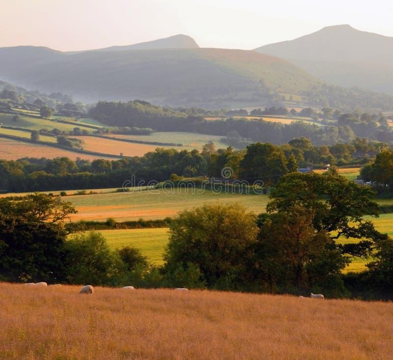 obszarów wiejskich gór otoczenia krajobrazowa wzgórz zdjęcia stock