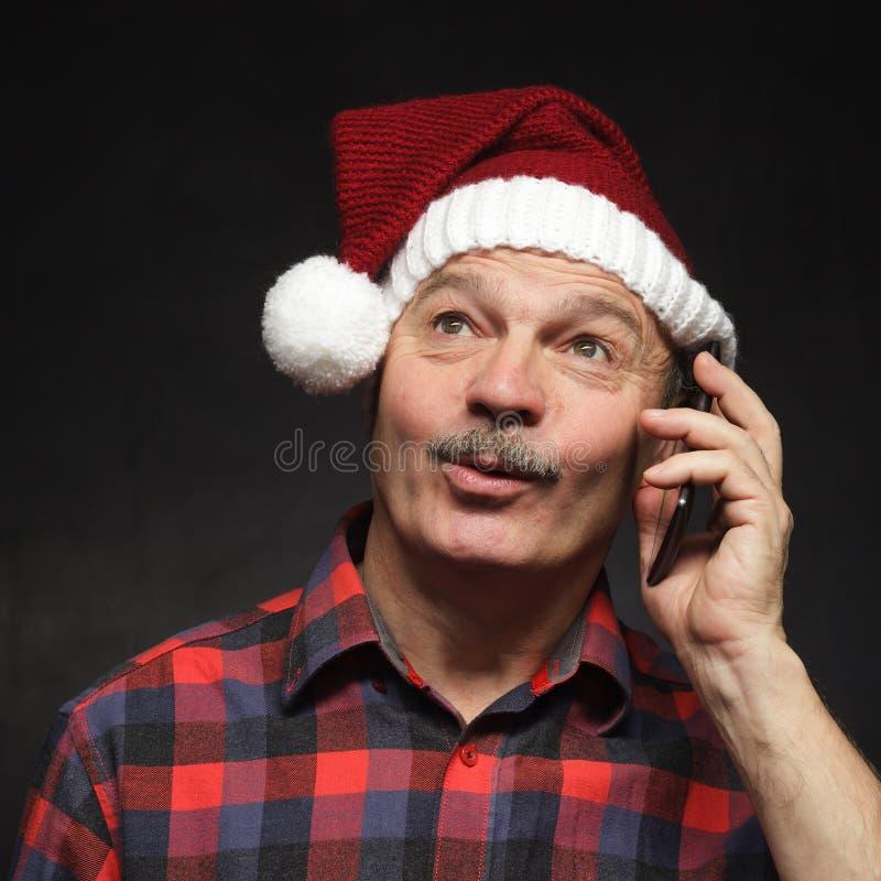 Obtendo a boa notícia na Noite de Natal fotografia de stock royalty free