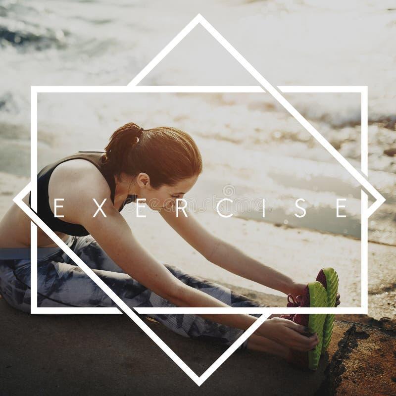 Obtenez à forme physique convenable d'exercice le concept de séance d'entraînement de formation physique photo libre de droits