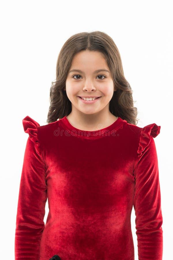 Obteve o grande estilo Menina da forma Criança adorável da menina na roupa elegante Criança com cabelo longo à moda feliz fotografia de stock royalty free