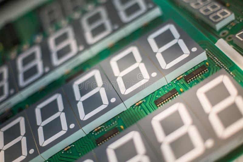 Obwód deska dla elektronicznych składników z pokazem zdjęcie stock