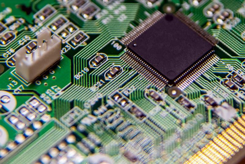 Obwodu deskowego komputeru tło Czerep elektroniczna cyfrowa deska Selekcyjna ostrość obrazy royalty free